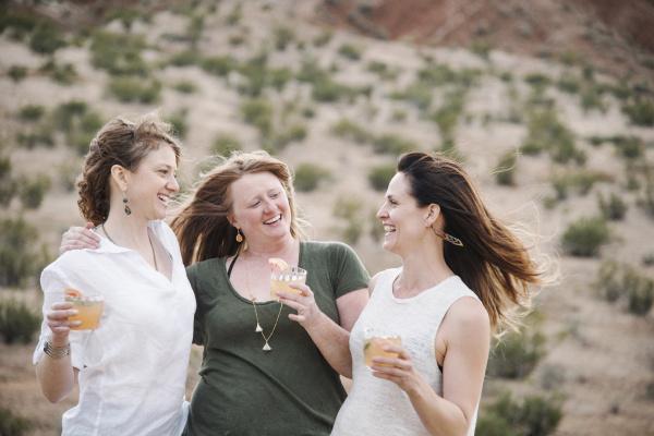 Gruppe von Frauen von Mint Images