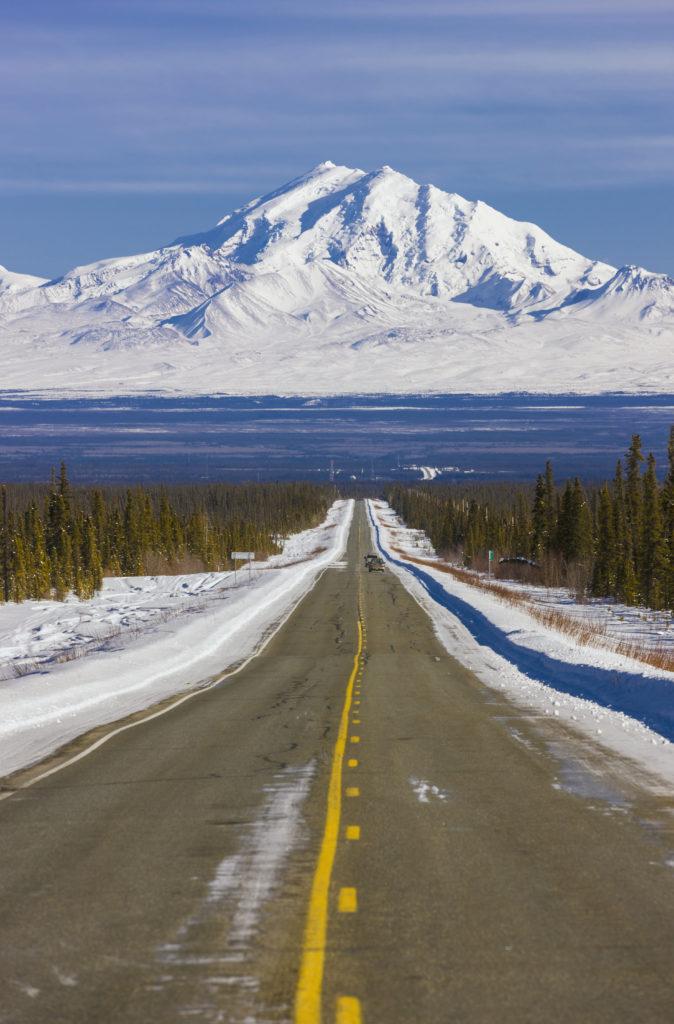 Distant, Highway, Alaska Stock, USA, Wrangell Mountains, Mount Drum