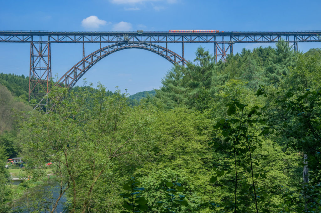 staycation, bridge, railway, Müngsten bridge, highest railway bridge in Germany, photo, royalty-free, panthermedia